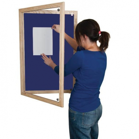 Lockable felt notice board - Single door with wood frame - Oxford Blue