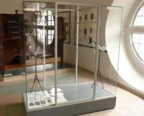 Museum floor showcase 1