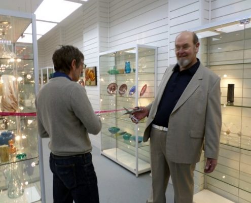 declaring isle of wight glass museum officially open