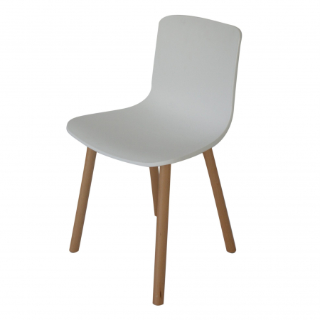 CH06 Studio chair hire