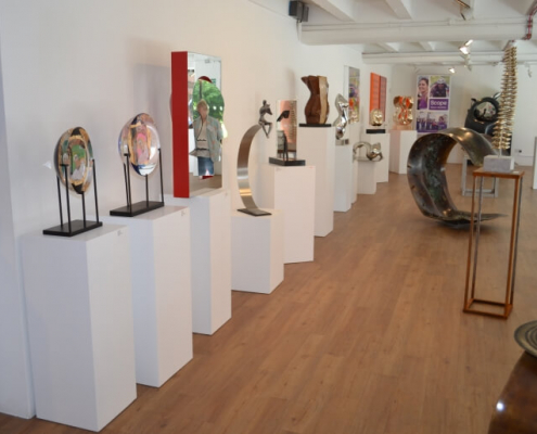Square plinths used in a gallery