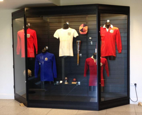 Mannequin display case - Saracens Rugby Club