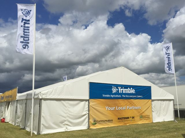 Trimble outdoor exhibition stand