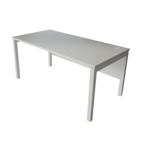 DS34 Medium Pure Desk for hire