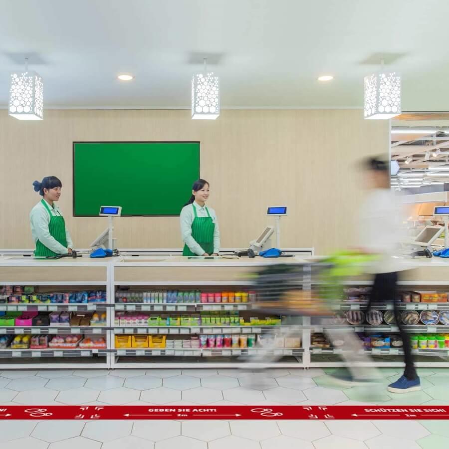 Floor graphics in supermarket